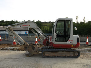 Takeuchi mini digger